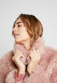 Topshop - FLUFFY JONAS - Winter jacket - pink - 3