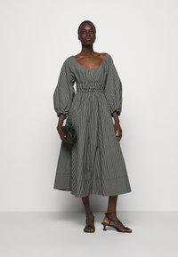 Proenza Schouler White Label - YARN DYE PLAID DRESS - Day dress - black/white - 1