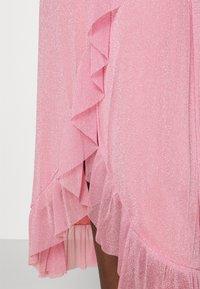 Résumé - NADIA DRESS - Koktejlové šaty/ šaty na párty - pastel pink - 4