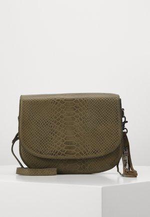 BRACCIANO - Across body bag - olive
