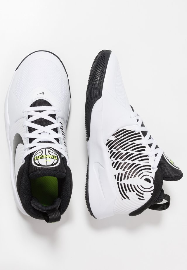 TEAM HUSTLE D 9 UNISEX - Zapatillas de baloncesto - white/black/volt