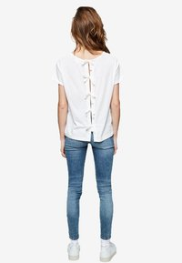 ARMEDANGELS - ILKAA - Print T-shirt - off-white - 2
