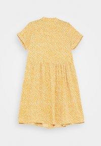 Name it - NKFDERA  - Shirt dress - spruce yellow - 1