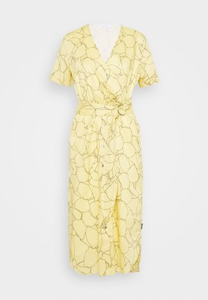 VOILE WRAP MIDI DRESS - Hverdagskjoler - muted yellow