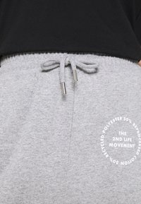 Topshop - JOGGER WITH GRAPHIC - Tracksuit bottoms - grey - 5