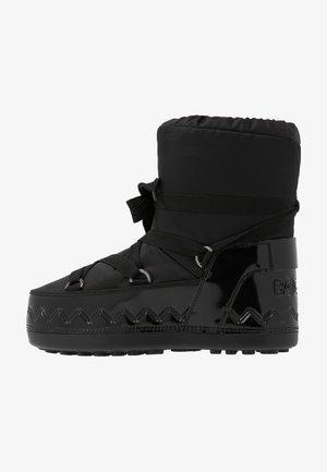 TROIS VALLÉES  - Śniegowce - black