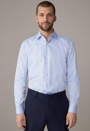 SANTOS - Shirt - hellblau gemustert
