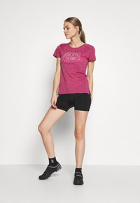 Mons Royale - VAPOUR TEE - T-Shirt print - rosewood - 1