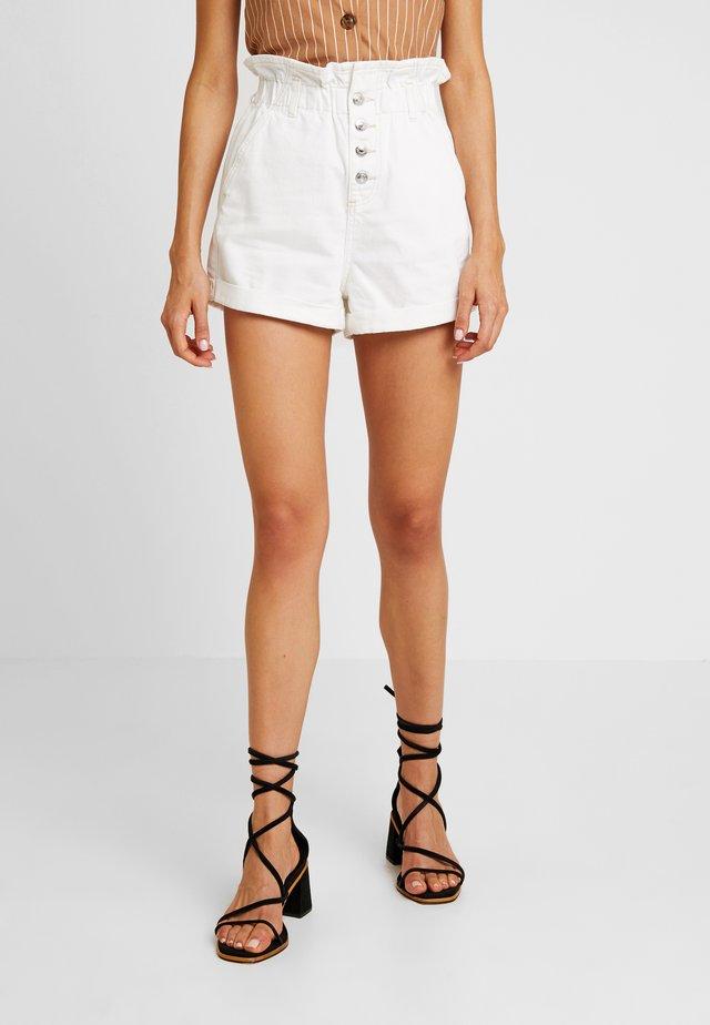PAPERBAG - Denim shorts - white