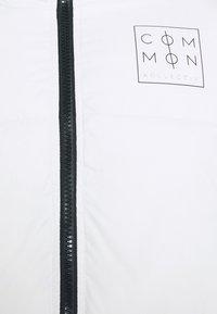 Common Kollectiv - JACKET UNISEX  - Winter jacket - off white - 6