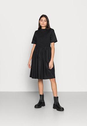 GABRIELLA SMOCK DRESS - Day dress - black