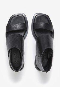 Inuovo - Ankle cuff sandals - mntrl black nbl - 4