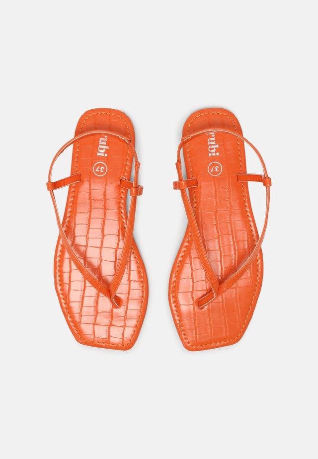 EVERYDAY MADDIE - T-bar sandals - tangerine