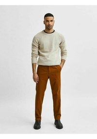 Selected Homme - SLHSLIM MILES FLEX PANTS - Chinos - monks robe - 0