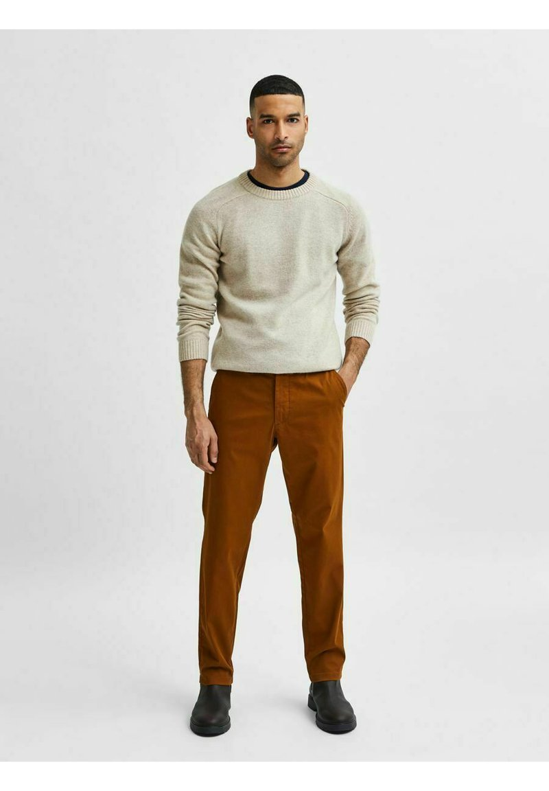 Selected Homme - SLHSLIM MILES FLEX PANTS - Chinos - monks robe