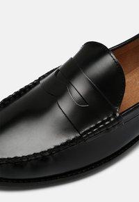 Office - MARVIN PENNY LOAFER - Scarpe senza lacci - black - 6