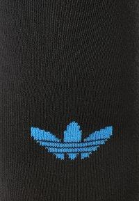 adidas Originals - UNISEX 3 PACK - Socks - white/black/grey - 1