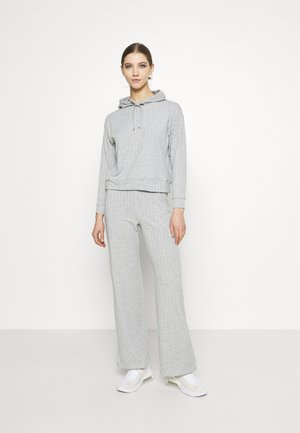 WIDE WIDE LEG SET - Tracksuit - mid grey