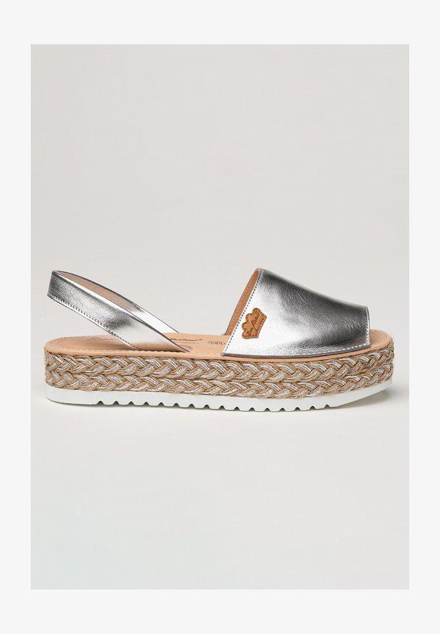 IBICENCA - Sandalias con plataforma - plata