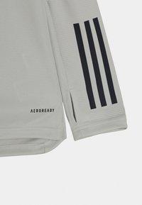 adidas Performance - JUVENTUS AEROREADY SPORTS FOOTBALL UNISEX - Club wear - grey/blue - 2