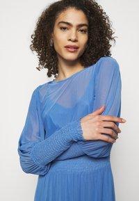 Bruuns Bazaar - THORA ELLIEA DRESS 2-IN-1 - Day dress - blue sky - 3