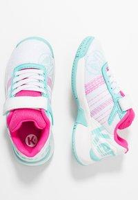 Kempa - ATTACK CONTENDER JUNIOR CAUTION - Handball shoes - white/turquoise - 0