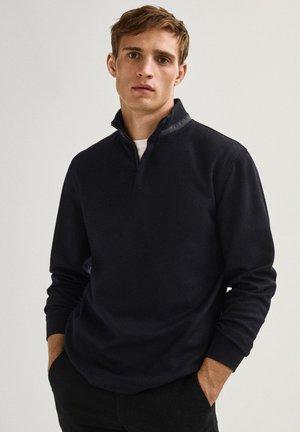 AUS WOLLE MIT STEHKRAGEN - Sweatshirt - dark blue