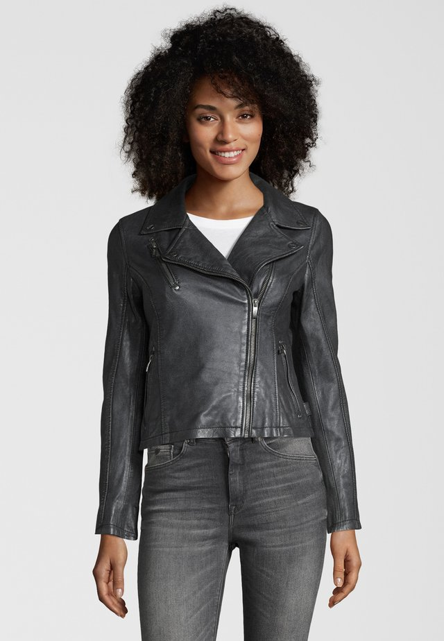 BE PRETTY - Leather jacket - silver