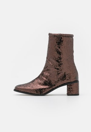FLORA - Classic ankle boots - brown metallic