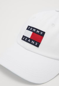 Tommy Jeans - HERITAGE - Cap - white - 2