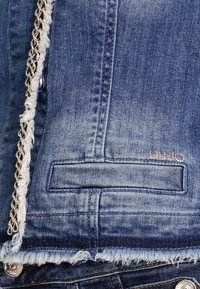 Liu Jo Jeans - KATE - Kurtka jeansowa - denim blue stretch