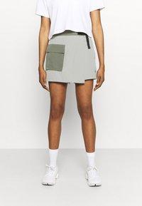 The North Face - PARAMOUNT SKORT - Sports skirt - dark grey/olive - 0