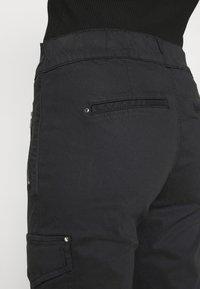 Mos Mosh - GILLES CARGO PANT - Trousers - black - 3