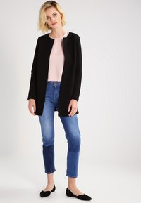Vila - VINAJA NEW LONG - Chaqueta de punto - black - 1