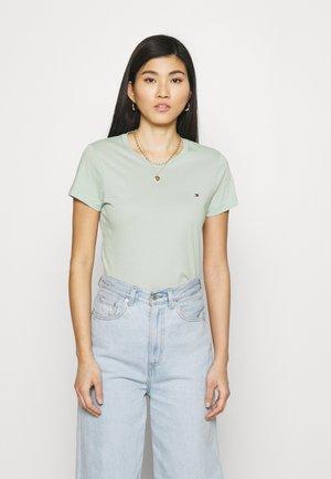 NEW CREW NECK TEE - T-shirts - delicate jade