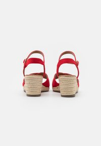 New Look Wide Fit - WIDE FIT YABBY CROSS VAMP LOW WEDGE - Alpargatas - bright red - 3