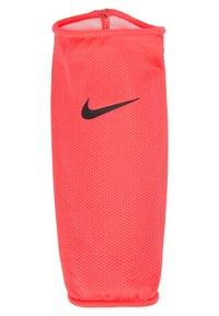 Nike Performance - MERCURIAL LITE UNISEX - Shin pads - laser crimson/black - 4