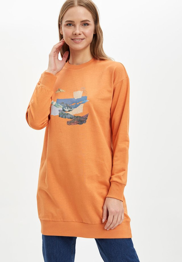 Langærmede T-shirts - orange