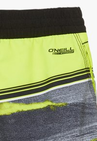 O'Neill - THE POINT - Swimming shorts - black/yellow - 4