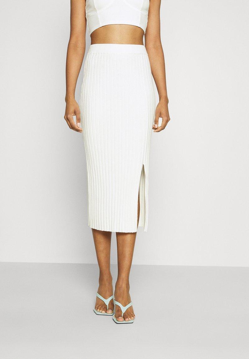 Monki - LOA SKIRT - Pencil skirt - solid