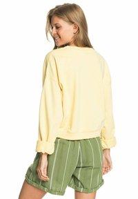 Roxy - BREAK AWAY CREW - Sweatshirt - pale banana - 2