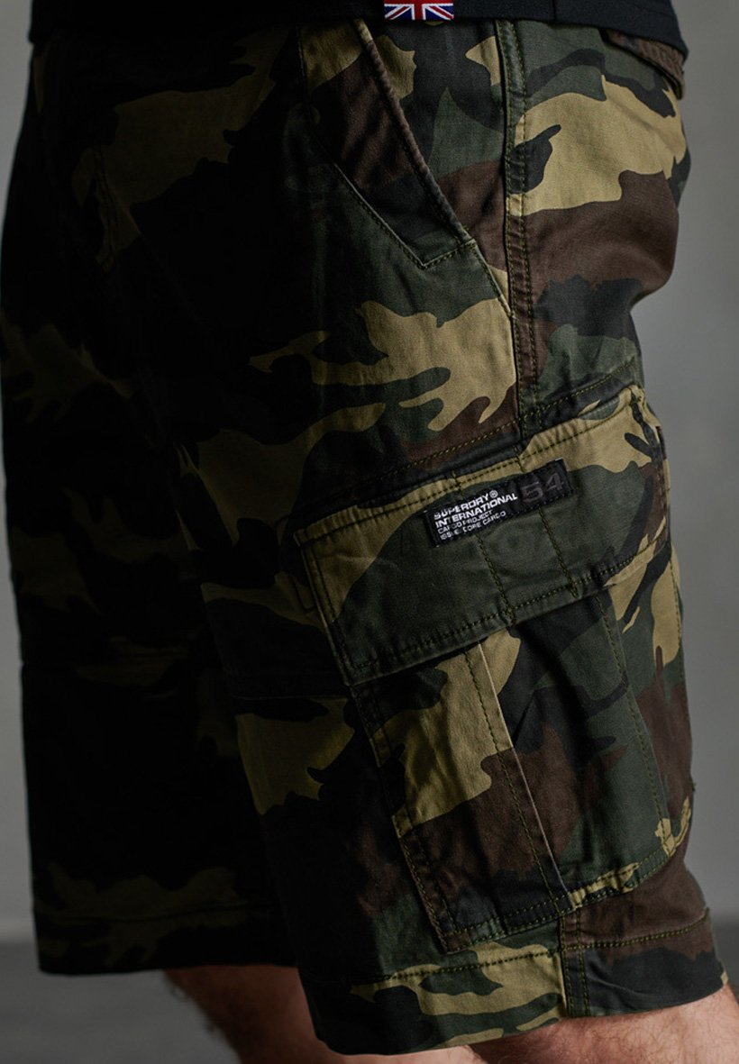 Superdry Core Cargo Shorts - Army Camo