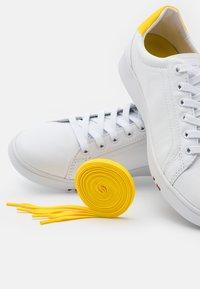 Tommy Hilfiger - PREMIUM COURT  - Trainers - vivid yellow - 5