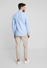 Farah - BREWER SLIM FIT - Shirt - mid blue - 2