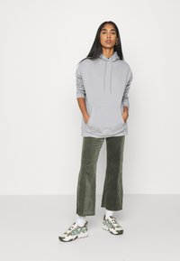 Nly by Nelly - OVERSIZED HOODIE - Sweat à capuche - gray/blue - 1