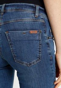 LOVE2WAIT - Jeans Skinny Fit - stone wash - 5