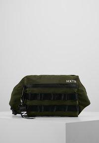 HXTN Supply - UTILITY TAPER CROSSBODY - Bum bag - olive - 0