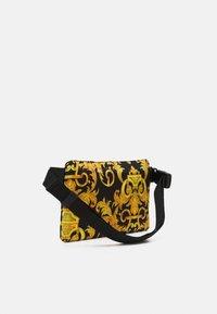 Versace Jeans Couture - UNISEX - Bum bag - black/gold - 3