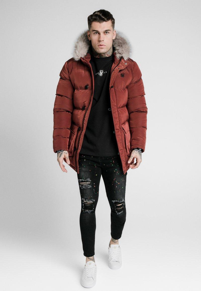 SIKSILK - STOP PUFF - Zimní kabát - red