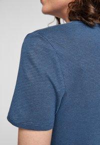 s.Oliver - Basic T-shirt - faded blue - 4